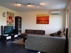 Debrecen, Honvéd utca - Honvéd utcai igényes lakás, teljes berendezéssel eladó