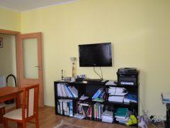 Debrecen, Piac utca - Otthonos lakás a villamosvonal mellett eladó