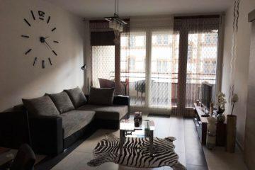 Debrecen, Péterfia utca - Igényes lakás kiadó a Párizsi udvarban