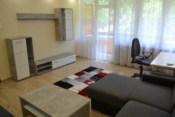 Debrecen, Poroszlay út - Felújított lakás kiadó az Egyetem mellett