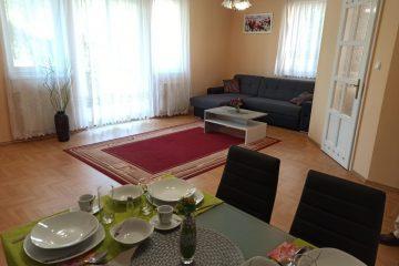 Debrecen, Hadházi út - Napfényes lakás kiadó az Uszoda mellett