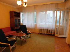 Debrecen, Weszprémi utca - Három szobás lakás kiadó a villamosvonal közelében