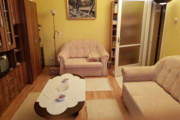 Debrecen, Tócóskert tér - Otthonos lakás kiadó a Tócóskertben
